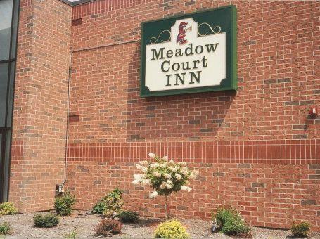 Meadow Court Inn & Royal Court Restaurant
